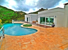 Bodrum Ortakent 2 Large Modern Villas and A Guest House