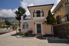 Bargain 1 Bedroom Detached Villa with Pool
