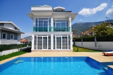 Brand New 3 Bedroom Detached Villas with Swimming Pool