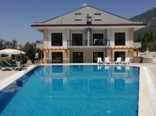 3 Bedroom Triplex Villa with Shared Swimming Pool