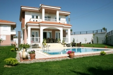 Side Villas with Large Pool 4 Bedrooms for sale