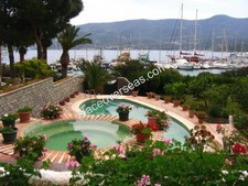 Stylish Torba Villa Near Beach 6 Bedrooms