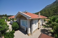Bargain Bungalow for sale in peaceful location Uzumlu