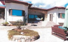 Detached bungalow on large plot in Incirkoy Fethiye