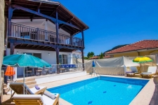 Detached Villa with Private Swimming Pool and Garden