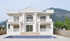 Beautiful Detached 5 bedroom Villa in Uzumlu