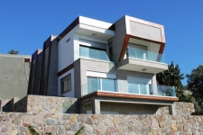 Kudur Contemporary Styled Sea View Villa