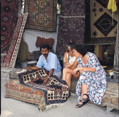 Altinkum Carpet Market
