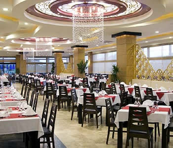 There is an huge variety of restaurants in Antalya.
