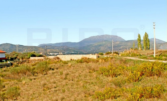 Land with planning permission in Alanya 1750sqm