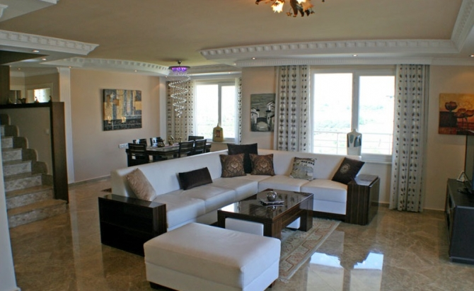Stunning penthouse in Alanya