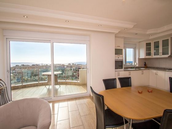 Contemporary Alanya Penthouse Sea Views 3 Bedrooms