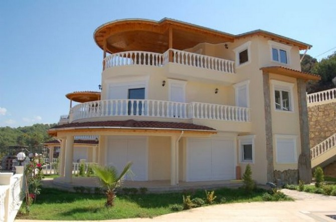 SeaView Alanya Villa Elevated Position 4 Bedrooms for sale