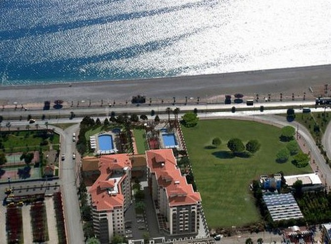 Apartment in Antalya Beachfront 3 Bedrooms for sale
