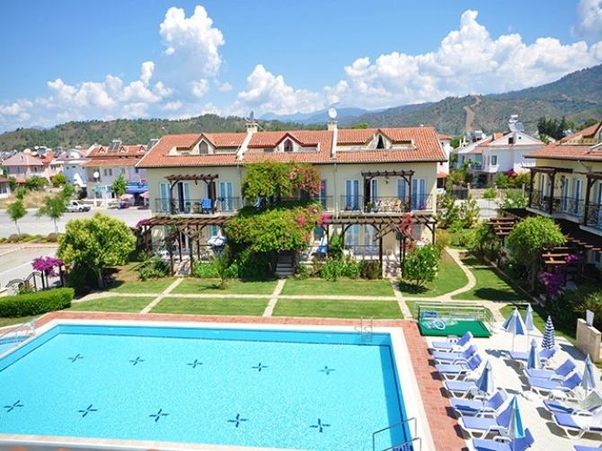 3 Bedroom Duplex Apartment with Shared Pool