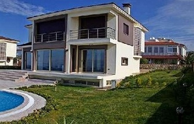 Cesme Seafront Villa with Excellent Facilities