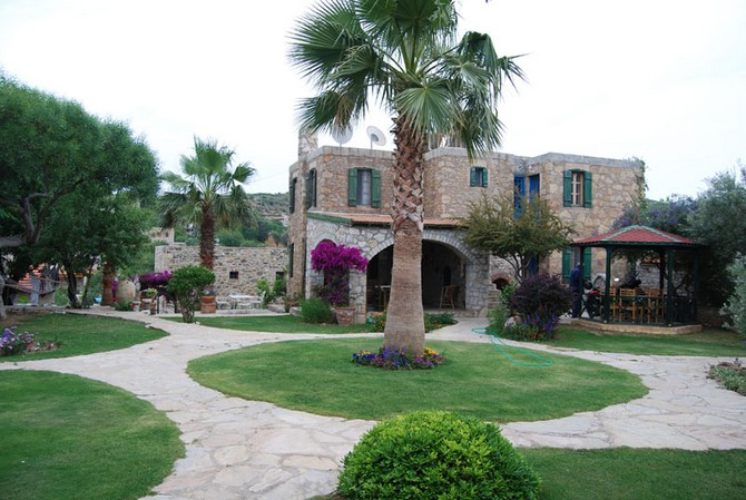 Old Datca House with Mature Garden 3 Bedrooms