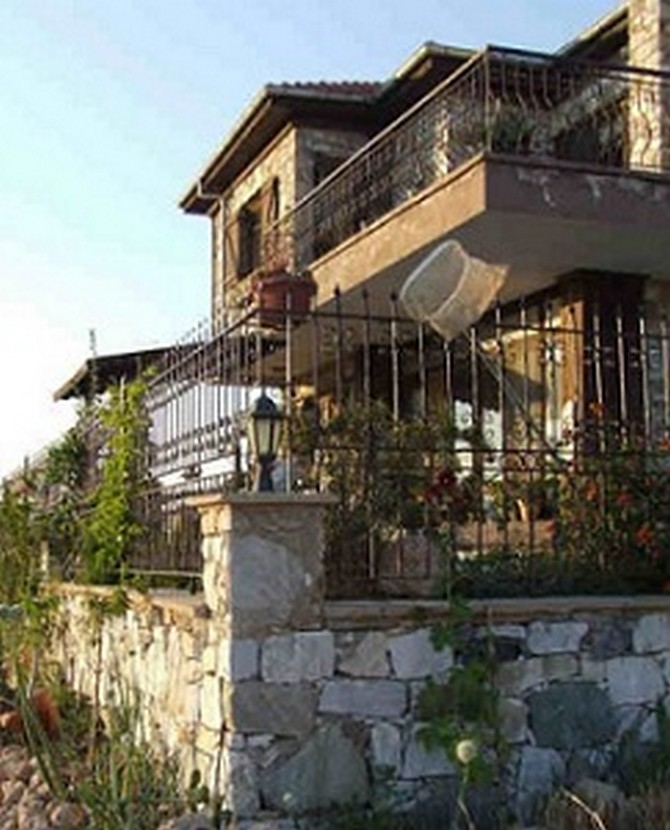 Didim Stone House with Excellent Location