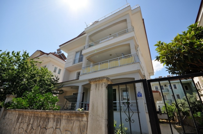 3 Bedroom Spacious Duplex Apartment