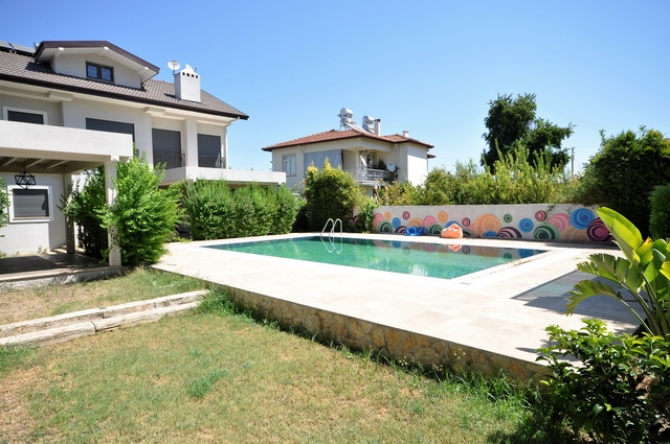 4 Bedroom Detached Villa in a Private Complex with Pool