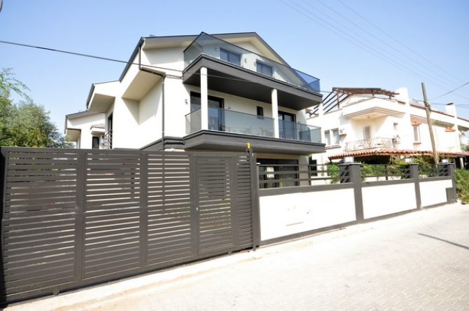 Brand New Smart Villa with Private Pool and Garden