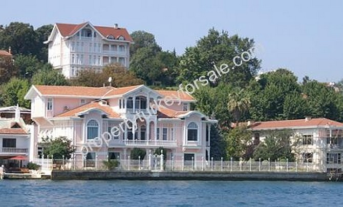 Istanbul Exclusive Yali For Sale