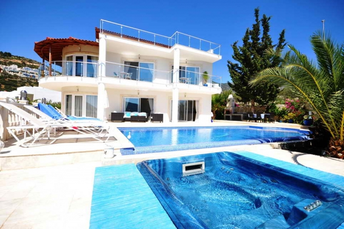 Kalamar Kalkan villa for sale 150 metres to seafront