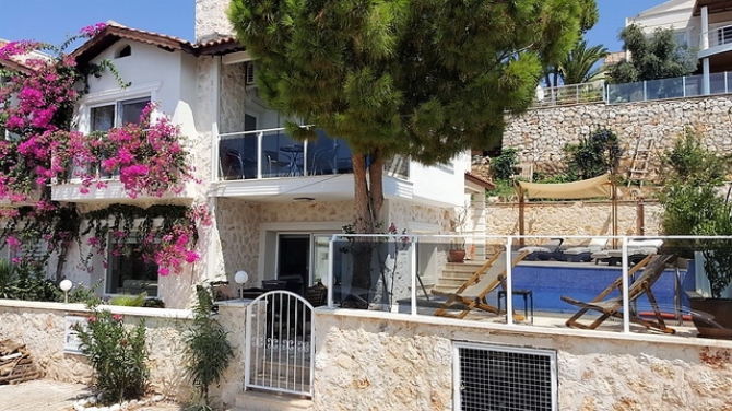 Newly Renovated Villa For Sale in Kalamar Kalkan