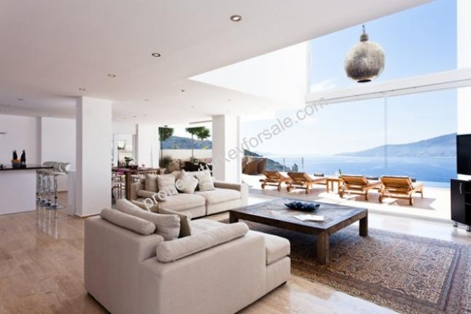 Living Room With Excellent Sea View