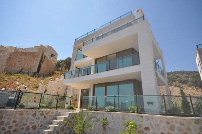 villa in ortaalan kalkan with sea view