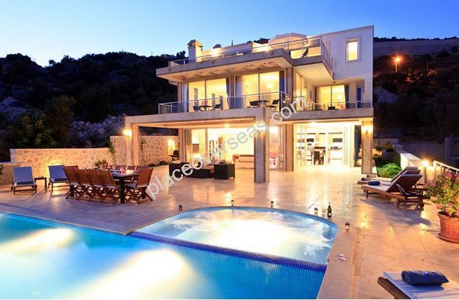 Very spacious villa in Kalkan bay
