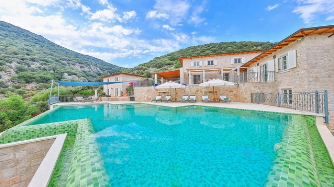 5 Bedroom Luxury Villa in Kas with Sea View & Private Pool