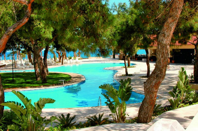 Seafront Kemer Hotel for Sale 5 star 210 Bedrooms