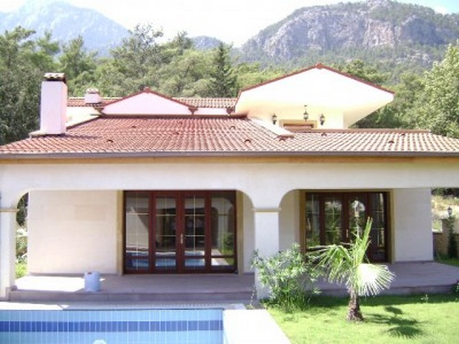 Stylish Kemer Villa with Mountain View 4 Bedrooms for sale