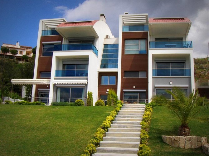 Prestigious Kusadasi Penthouse Prime Location 4 Bedrooms