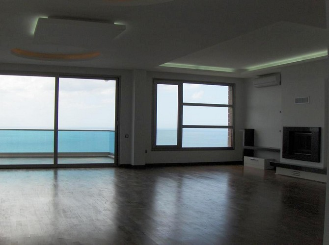 Kusadasi Penthouse Spacious Lounge