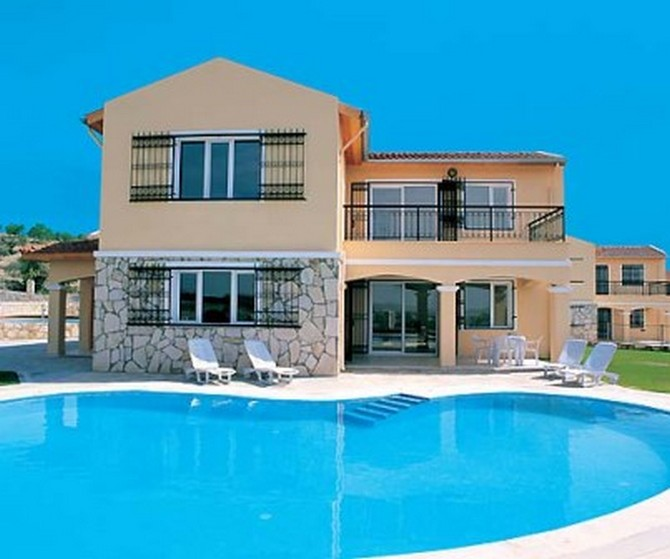 Kusadasi Villa Bargain Price 4 bedrooms for sale