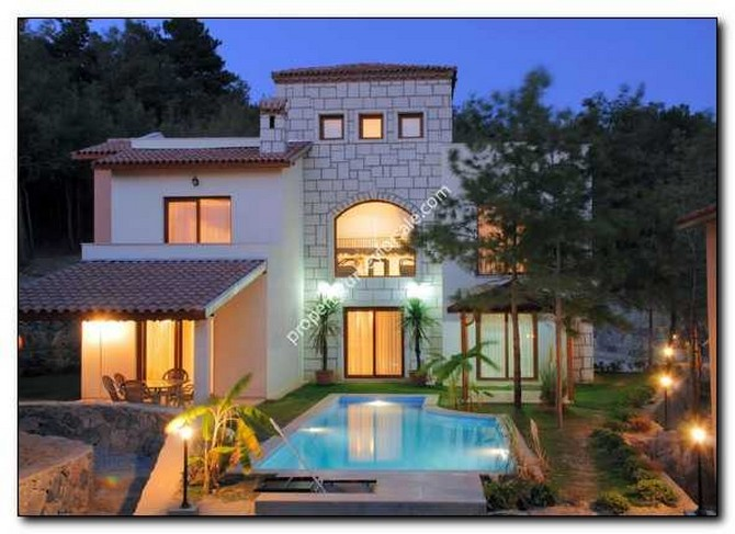 Kusadasi Village Houses in Sogucak Nature Park 4 Bedrooms
