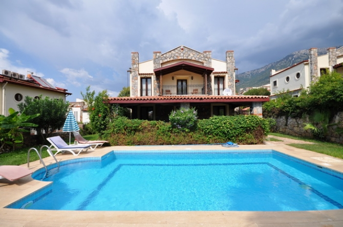3 Bedroom Detached Villa with Swimming Pool in Ovacik