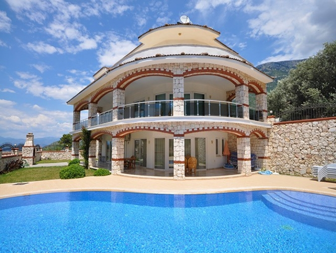 Magnificent Ovacik Villa Elevated Position 4 Bedrooms