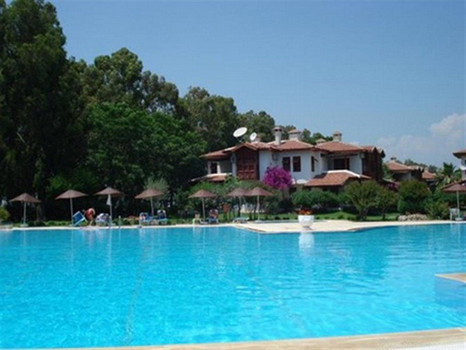 Cosy Side Villa Large Pool 2 Bedrooms