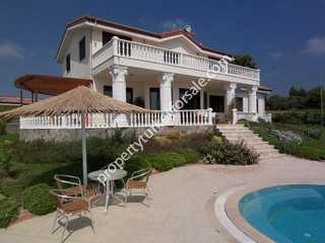 Spacious Villa in Side with Large Pool 5 Bedrooms