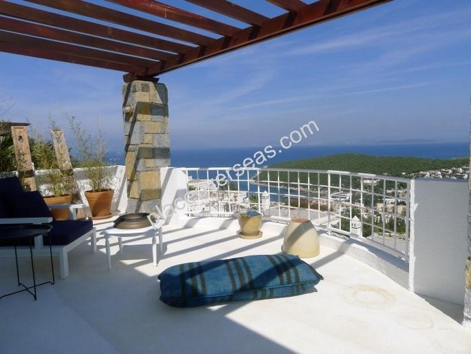 Large terraces with stunning views