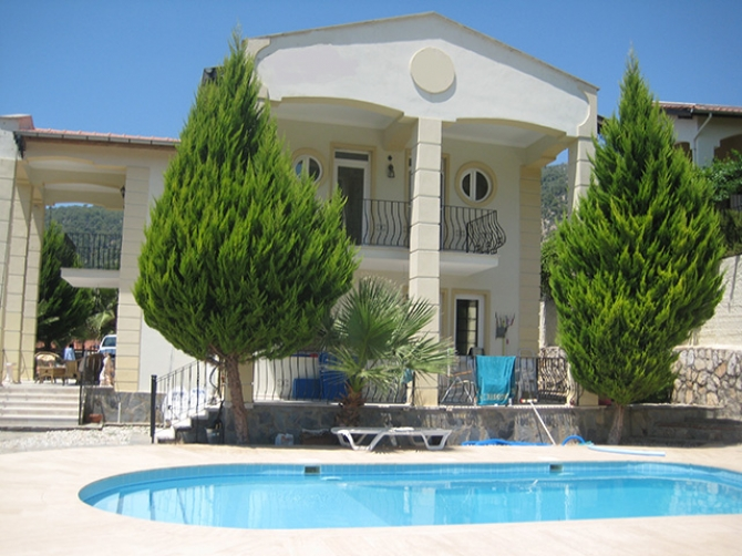 Large Detached Villa in Uzumlu
