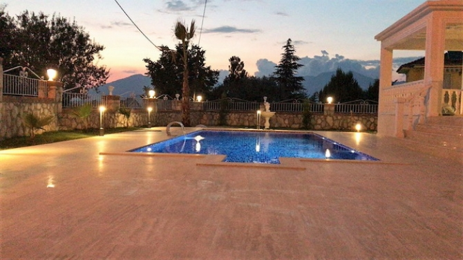 3 Bedroom Luxury Detached Villa in the Centre of Uzumlu