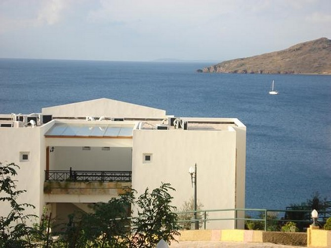Seafront Yalikavak Apartments with Jetty 4 Bedrooms