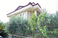 4 Bedroom Duplex Apartment Near Amenities For Sale