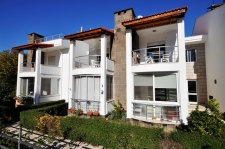 1 Bedroom Apartment with Communal Pool in Calis