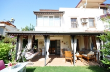 3 Bedroom Semi Detached Triplex Villa with Private Garden