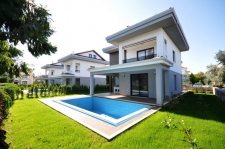 Exclusive Villas in Walking Distance to The Calis Beach